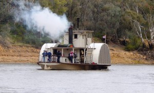 Echuca paddle steamer